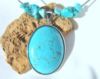 Turquoise Memory Wire Necklace, Turquoise and Silver Bezel Pendant Choker.  ID 310