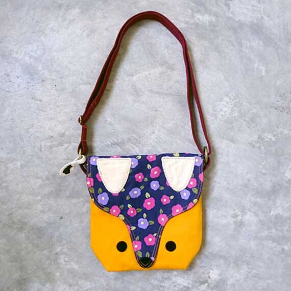 Sling Purse - The Fantastic Fox Sling (Violet Poppies)