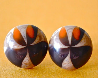 Lucite Brown Round Swirl Studs, Vintage Plastic Brown and Orange Posts, Retro Mod Button Studs