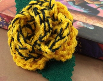 Crocheted Rose Bar Pin - Yellow and Black (SWG-PS-HWHU02)