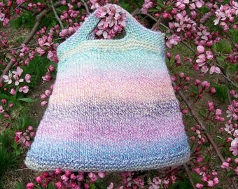 Welcome Spring Handknit Purse