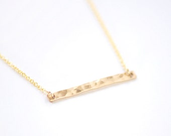 Gold bar necklace - hammered jewelry - horizontal bar necklace - minimalist necklace - gold filled bar - gold filled chain - Gold bar h.