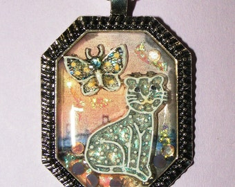 FairyGlass Pokey Dot Cat And Butterfly Resin Pendant