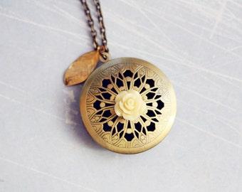 Rosette Locket - Romantic, Bohemian, Shabby Chic Vintage Locket Necklace, Fall Jewelry, Gift under 20
