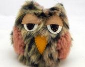 Sleepy Barn Owl Decoration
