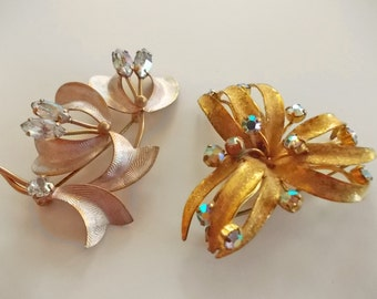 Vintage Rhinestone Brooches, Flower Brooch, Floral Pinback Brooches, Copper and Gold Costume Jewelry, Pretty 60s Jewellery