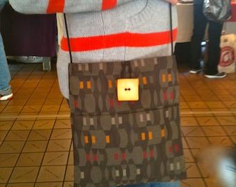 Brown Ribbon Large Shoulder Bag