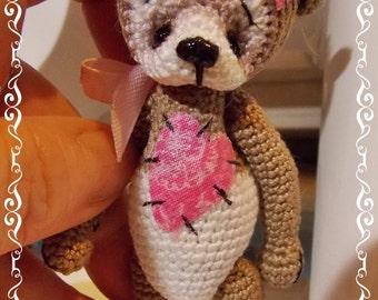 New miniature Thread Crochet Teddy Bear, Tabitha, with new features