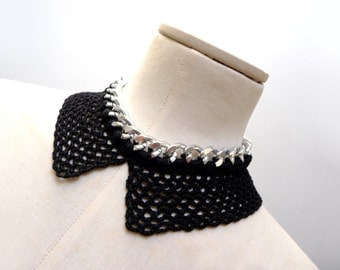 Crochet Peter Pan Collar Necklace - Silver Metal Chain and Black Cotton