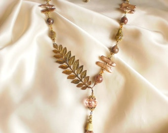 Leaf Necklace With Tassel