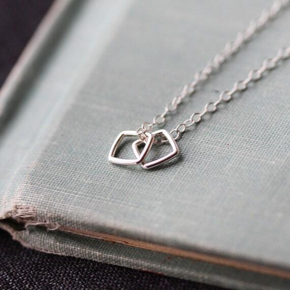 conmigo - silver geometric necklace by elephantine