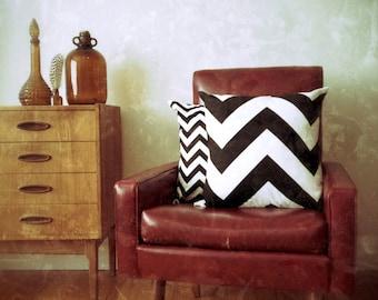 Black and White Large Scale Chevron Zig Zag Geometric Cushion Cover