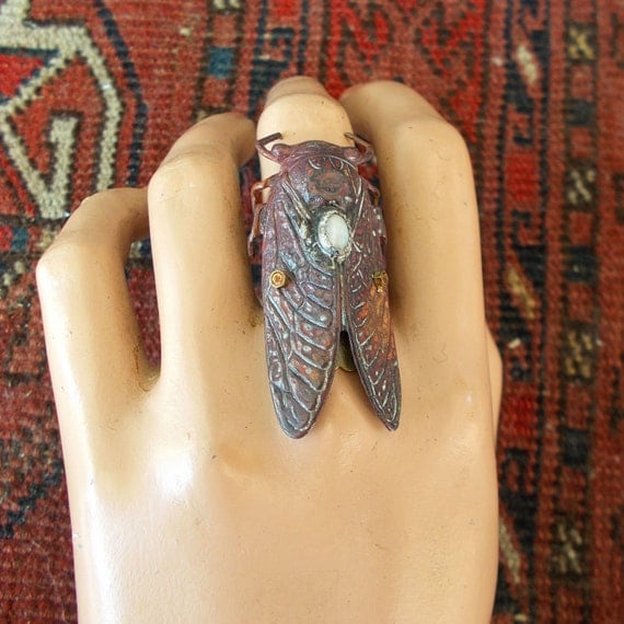 Adjustable Gemstone Turquoise/Copper Cicada Ring, Mother of Pearl, statement ring, insect jewelry, insect ring, Steampunk, bug ring. Cicada