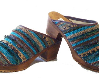 Sundance woven medium heel on a brown stained base