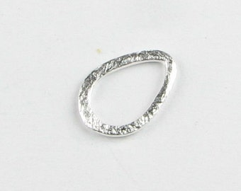 Small 13mm Petal Teardrops Shaped Bali Sterling Silver Matte Brushed Line Texture Charms Connectors Components (6 beads)