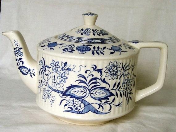 Vintage Blue Onion Teapot Sadler Staffordshire England Tea Pot