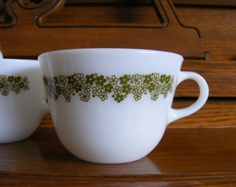 Pyrex Crazy Daisy Coffe or Teacup