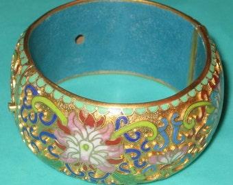 Vintage FAB Floral Motif Enamel Cloisonne Chinese Hinged Bracelet