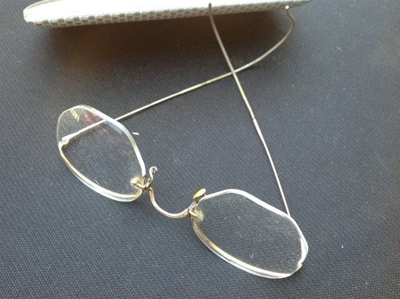 Vintage Pair of Gold Framed Eye Glasses with the by ...