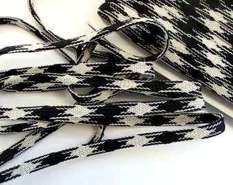 3 yards Black and Off White BRAIDED tape passementerie trim. 5/16 inch wide. 611-01 Woven tube braid