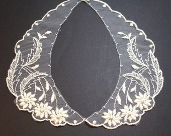 Ivory Netted Lace Collar Appliques Pearl Beaded Set of 2 Pieces
