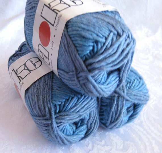 Sapphire blue Soy silk wool yarn,  worsted weight, SWTC Karaoke yarn, Bluezzz 283