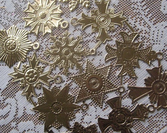 Dresden Trim 12 Gold Medallions Halos Stars Made In Germany 12 Die Cuts Christmas