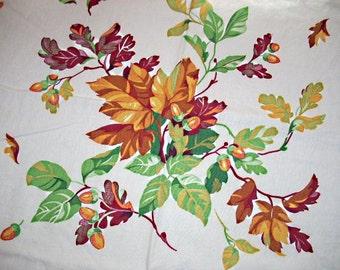 WILENDUR Autumn Leaves & Acorns Tablecloth,Vintage 50s