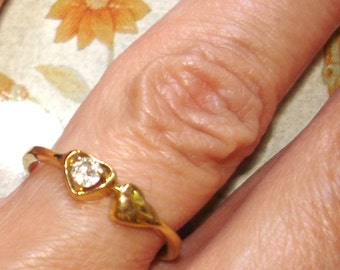 vintage faux diamond joined hearts golden sweetheart ring
