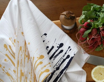 "Flour Sack Tea Towel  Screen Printed  ""Dripped"" pattern in Gold or Black"