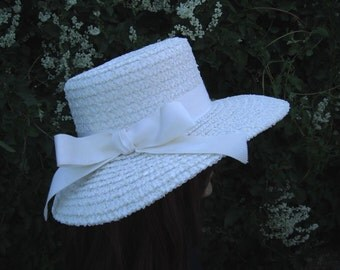 Lovely Old Raffia/Straw Hat / White Church Hat / White Straw Hat
