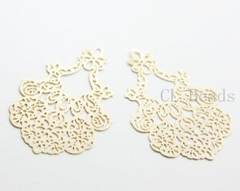 2pcs Matte 16K Gold Plated Brass Filigree Pendants - Flower 41x27mm (265C-R-195)