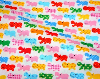 Colorful hippo   print Fat Quarter nc13