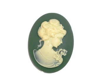 2 Lady head Cameos on Green, Jewelry making Supply, Resin, 29 X 39 mm