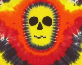 Tie Dye Shirt, Yellow Faced Skull,  Size Small