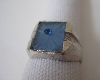 Blue Ring Silver Glass Rhinestone Size 9 1/4 Vintage