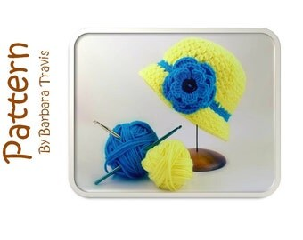 Crochet Pattern Child's Classic Cloche with Flower or Bow S/M L/XL