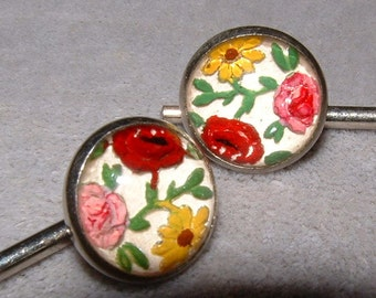 Vintage Reversed Carved Intaglio Floral Cuff Links