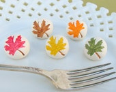 MAPLE LEAF - thanksgiving place card holder , name card holder , escort card , autumn decor , table setting , set of 10