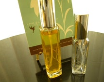 HOLLY wOUD & VINE Perfume in 1oz a green floral perfume blended with just enough OUD to make it different.