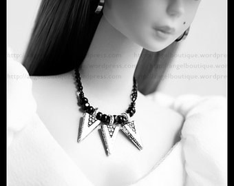 Collar Necklace Dangling with Silver Metal Drops on Black Chains.