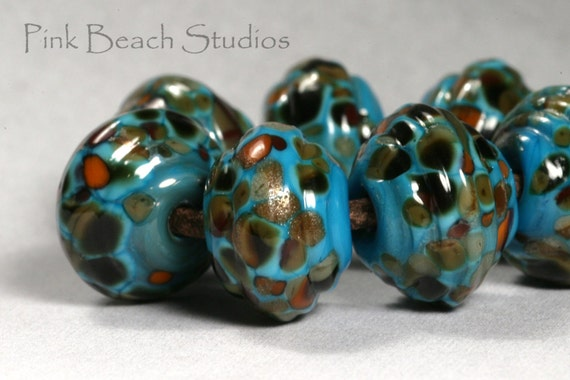 Sale - Ribbed Tortoise Shell in Blue Handmade Glass Lampwork Beads (7 Count) by Pink Beach Studios (PB40)