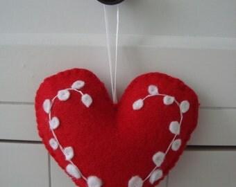 Red White Snow Berries Felt Heart Ornament Gift Topper
