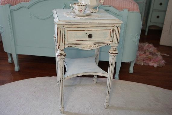 omg nightstand shabby chic antique white aqua blue beach. Black Bedroom Furniture Sets. Home Design Ideas