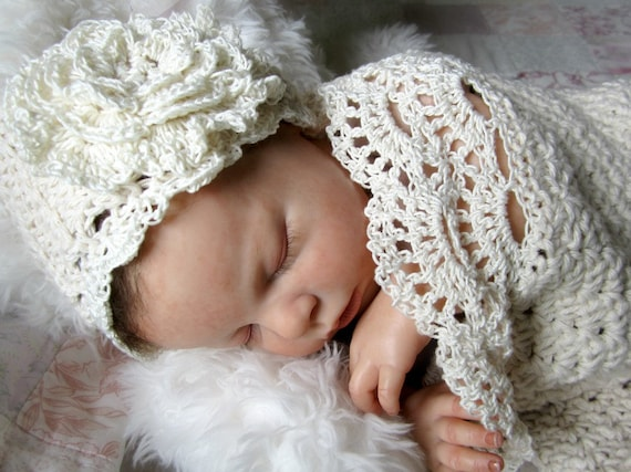 Seaside Cottage Baby Cocoon / Snuggle Sack and Hat Newborn in
