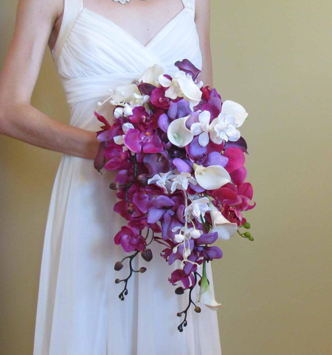 Cascading Purple Orchid Amp Calla Lily Bouquet For Your Beach