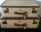 2 American Tourister Suitcases Tweed Excellent condition tan lovely