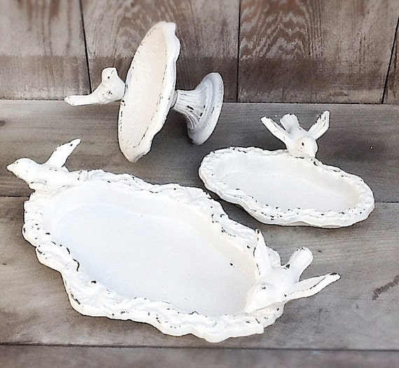 Iron Bird Baths,  Rustic And Distressed, Shabby Chic White, Wedding Decoration, Garden Decor,  Housewarming Gift, February Finds, 3 Sizes