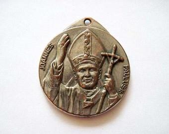 Pope John Paul II Joannes Paulus II  Catholic Medal Pendant