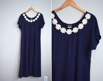 SALE // vintage '80s navy blue DAISY CHAIN short sleeve maxi dress. size xl.